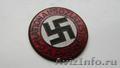 партийный значок НСДАП